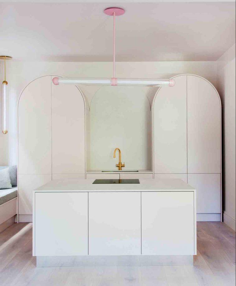 طرح دکوراسیون داخلی آشپزخانه