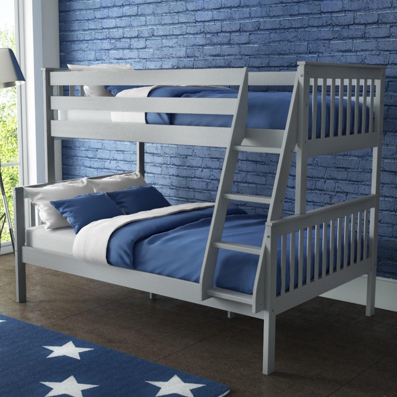 تخت خواب دو نفره چوبی