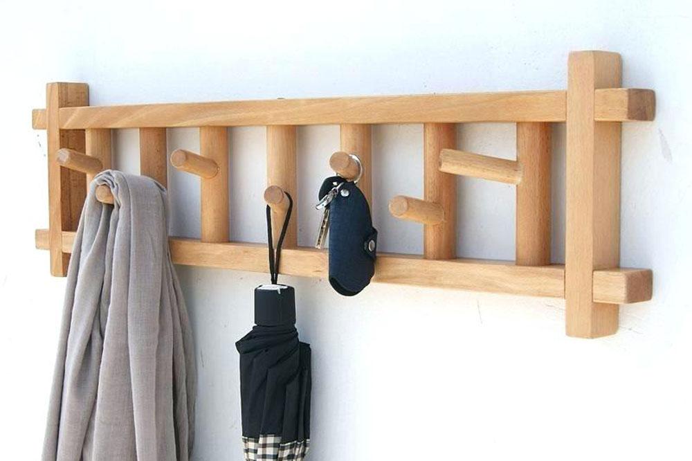 جالباسی دیواری چوبی نردبانی