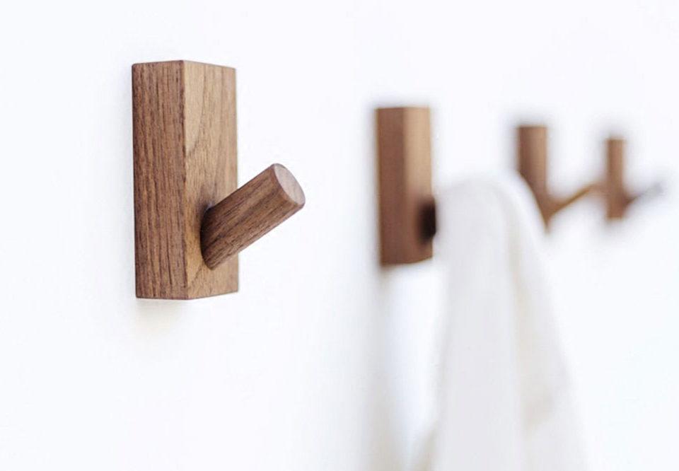 جالباسی دیواری چوبی