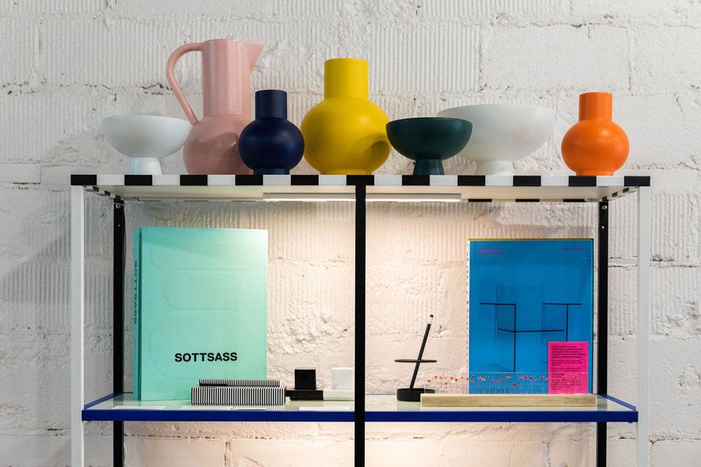در طراحی داخلی پست مدرن چه رنگ هایی استفاده می شود؟