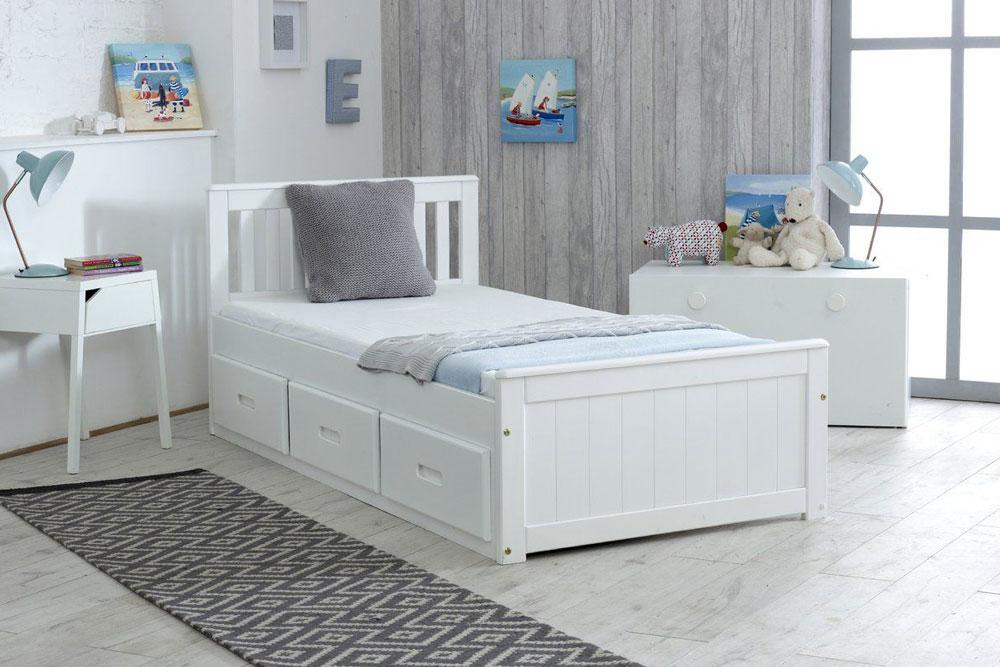 مدل اتاق خواب با زاویه دار گذاشتن تخت خواب