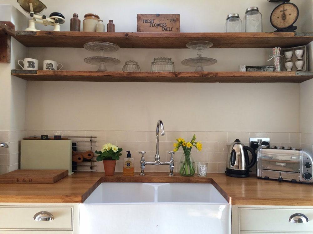 چیدمان آشپزخانه کوچک با مدل گالری