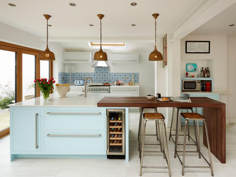 چیدمان آشپزخانه کوچک به شکل G