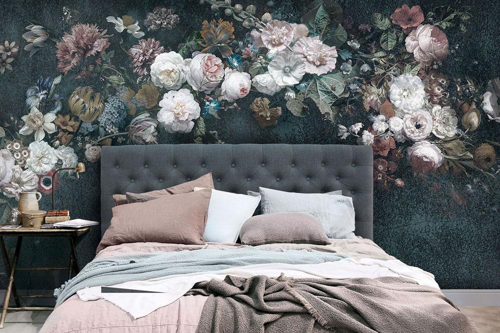 ماندگاری رنگ بیشتر است یا کاغذ دیواری؟