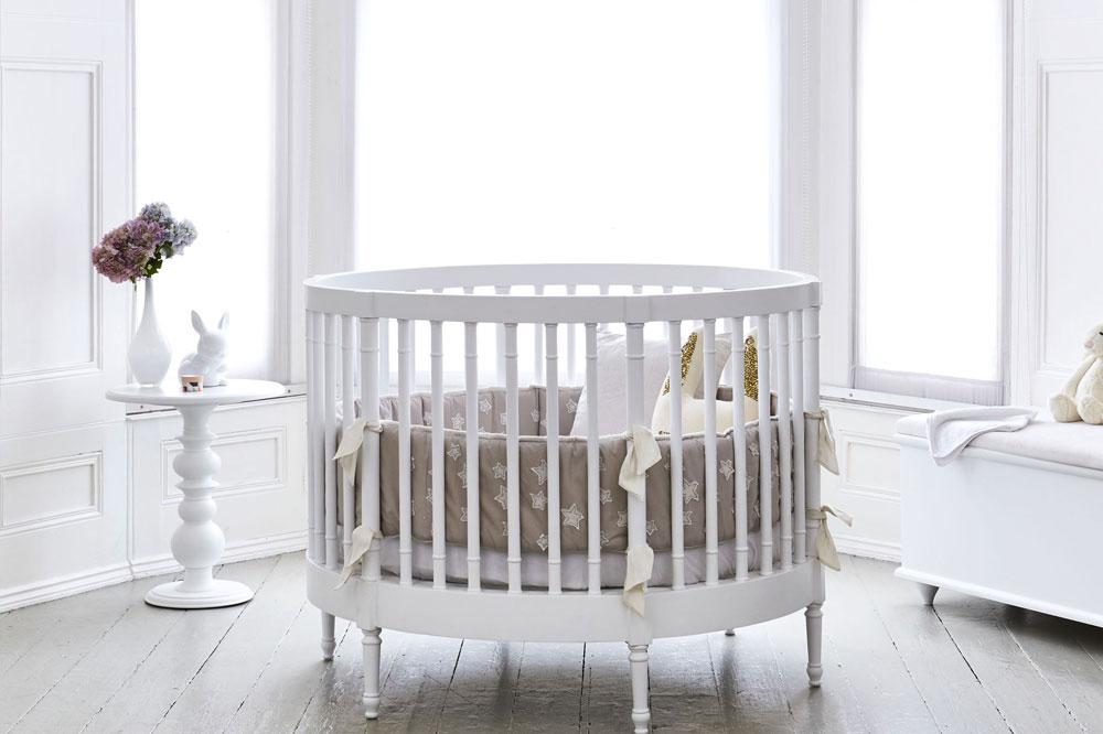 تخت نوزاد دایره ای