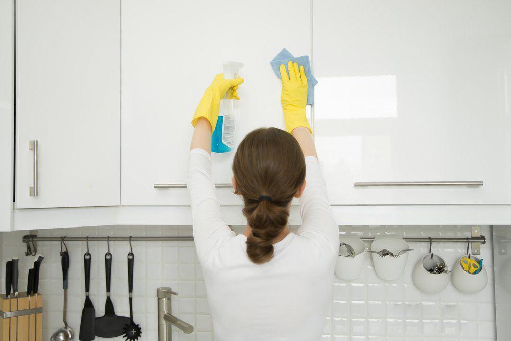حساسیت ها و معایب کابینت آشپزخانه هایگلاس