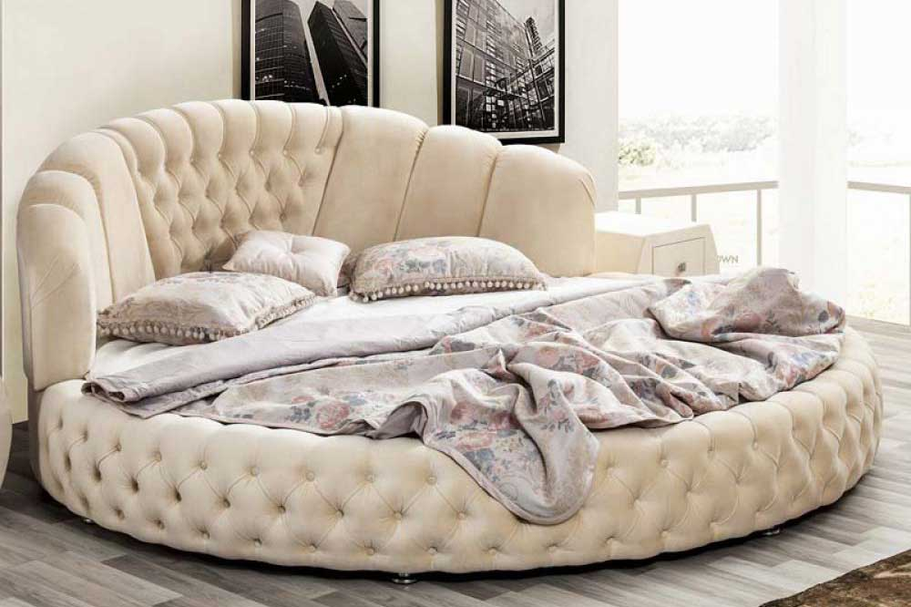 تخت های مدور و گرد، بهترین ایده برای چیدمان مناسب اتاق خواب