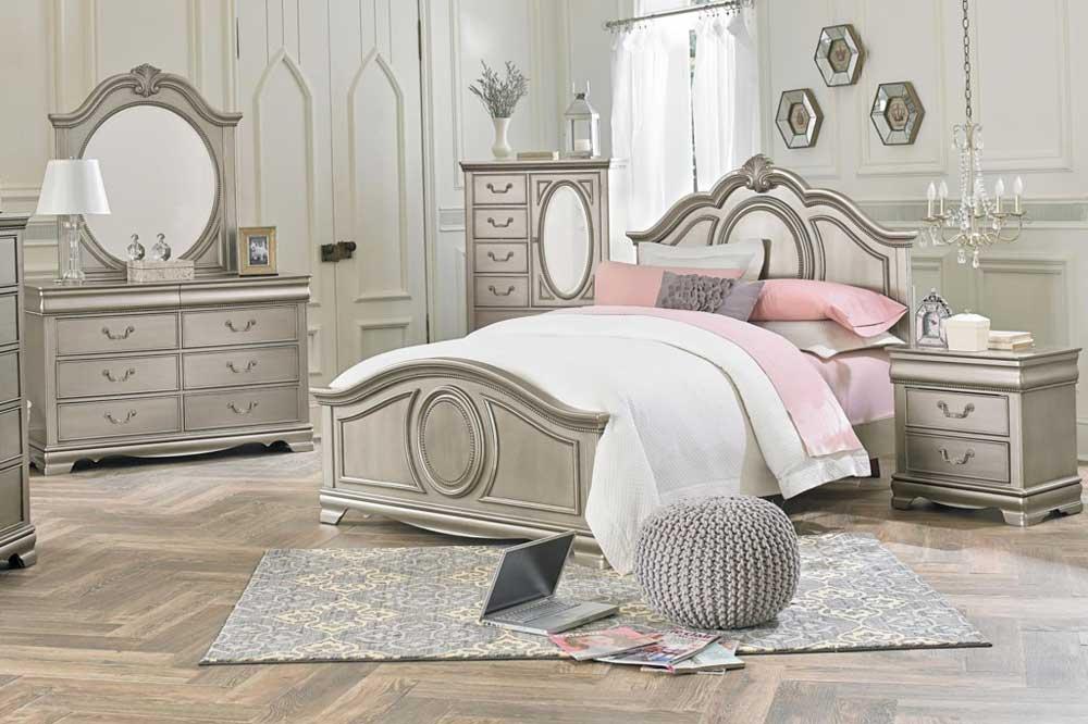 تخت خواب کلاسیک، المانی برای زیبایی اتاق خواب شما
