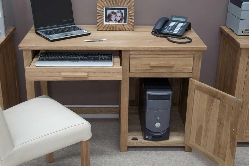 میز کامیپوتر در مبلمان اداری