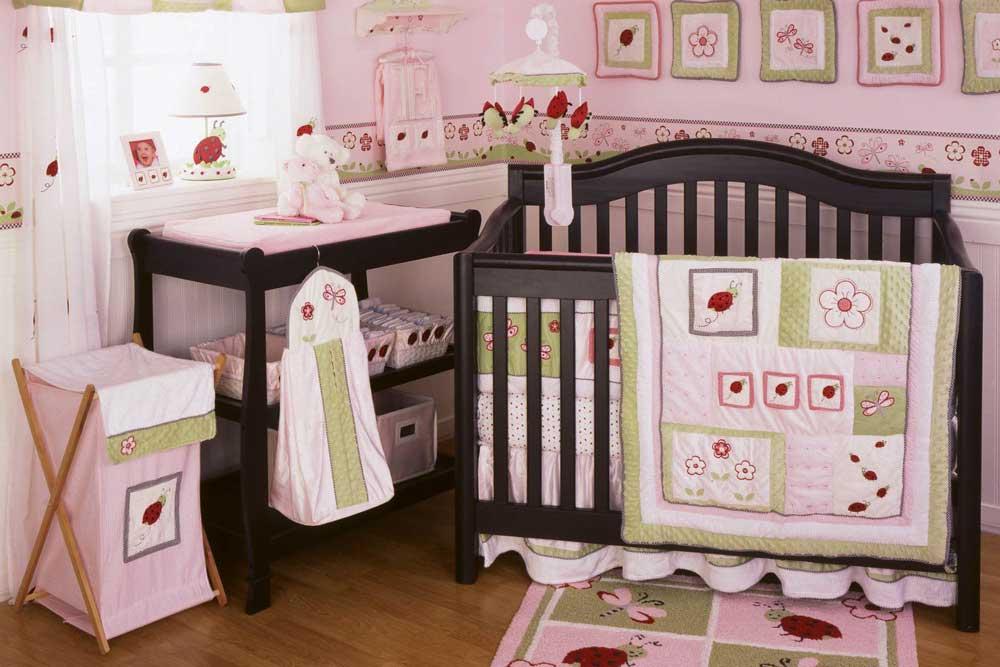 سرویس خواب نوزاد دختر: چوبی قهوه ای