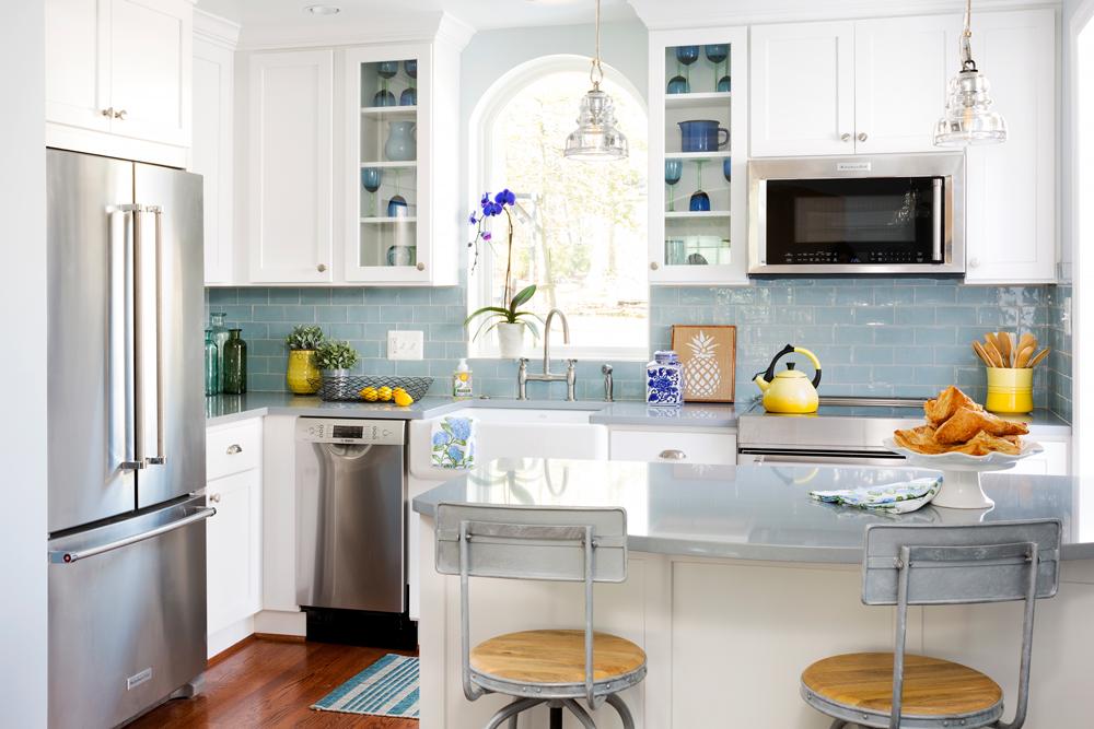کابینت ام دی اف آشپزخانه کوچک: اپن دار اما دلباز