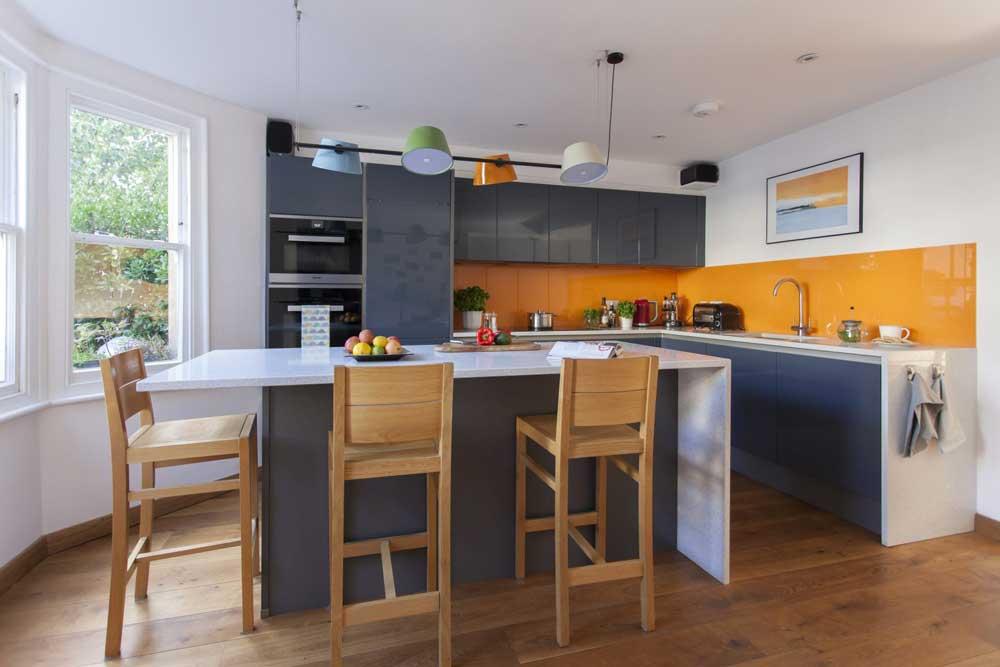 آشپزخانه جدید رنگارنگ