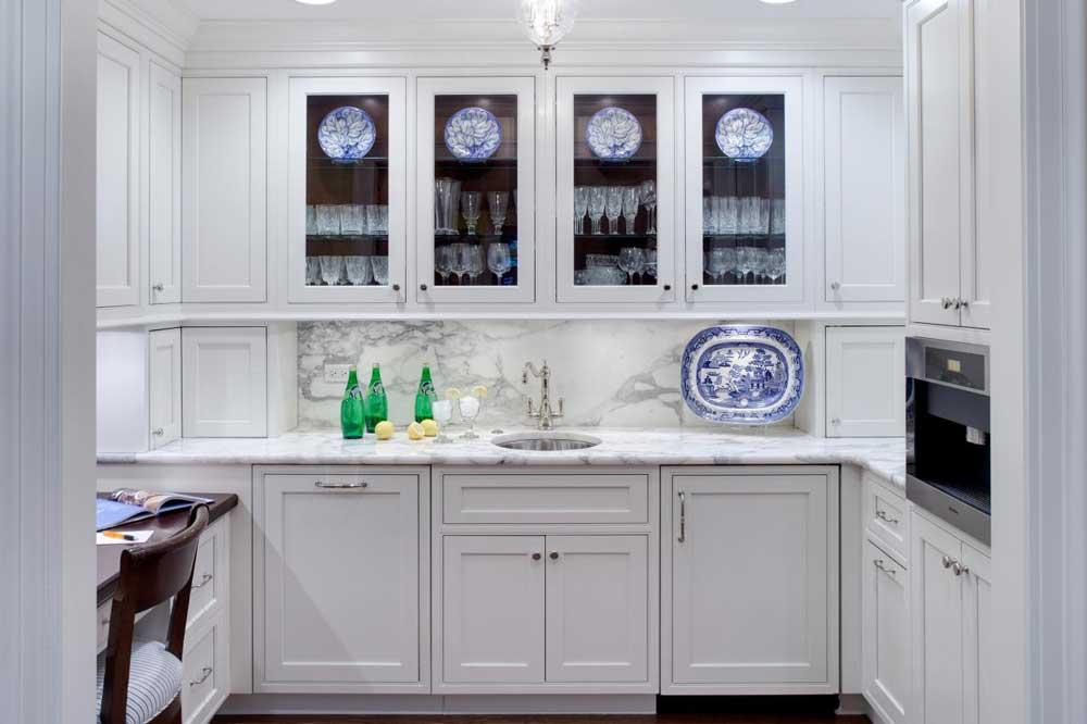 کابینت های شیشه ای در دکوراسیون کابینت آشپزخانه