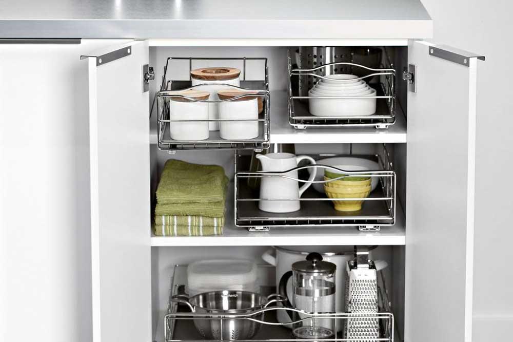 قفسه بندی داخل کابینت آشپزخانه