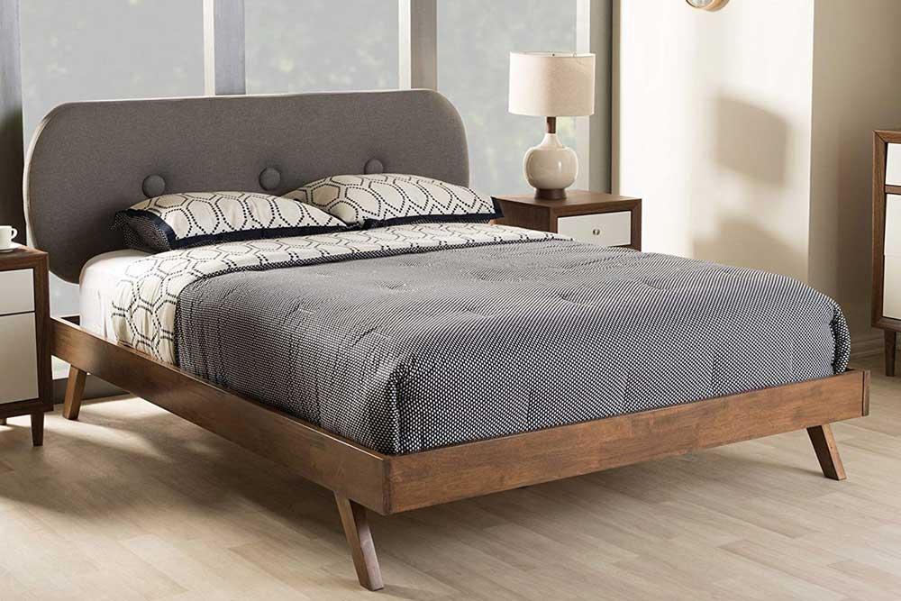 تخت خواب دو نفره مدرن چوبی و پارچه ای
