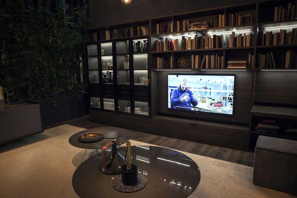کتابخانه چوبی مدرن : روشنایی هوشمند